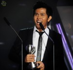 "Cakra Khan rounded off his night by clinching the Best Song (Regional) award for ""Harus Terpisah""..."