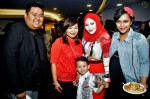 Fiza O, Norfasarie and Mika Bazil with Suria's Budi Iskandar and Mufreha Maarof...