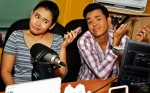 Farhana and Hasif were at Warna 94.2FM's conty for the post-show interview with Malam 2 Mat host Dyn Norahim. Hafeez Glamour was away on medical leave.