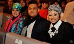 Fathin Amira Zubir came with her family...