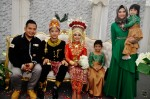 The newly-weds with Fadzly Rahmat of B8 fame and family...