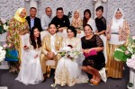 Mediacorp Suria's promo team and the newlyweds...