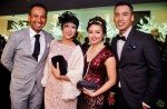 Here they are with Sharon's hubby, Jumari Osman, and Best Host winner Khairudin Saharom...