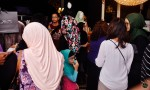 Just look at the crowd over at Fatimah Mohsin and Diyana Halik's stall...