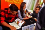 The promo event by Manja Magazine was also graced by Sufie Rashid, Sheiryn Aisiqa and then-Warna 94.2FM's Dyn Norahim who has since joined RIA 89.7FM this new year...